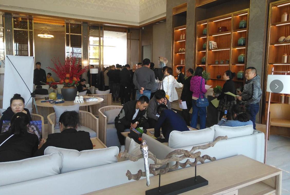 亚博体育官网翡翠城首次开盘热销2.8亿,火爆场面震惊葫芦岛楼市